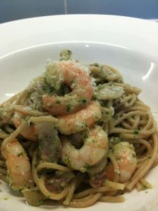 Pesto pasta with prawns and bacon