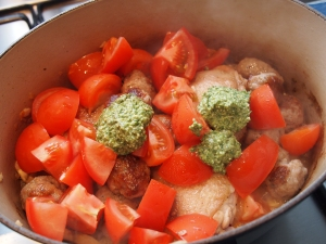 Pesto casserole in the pot